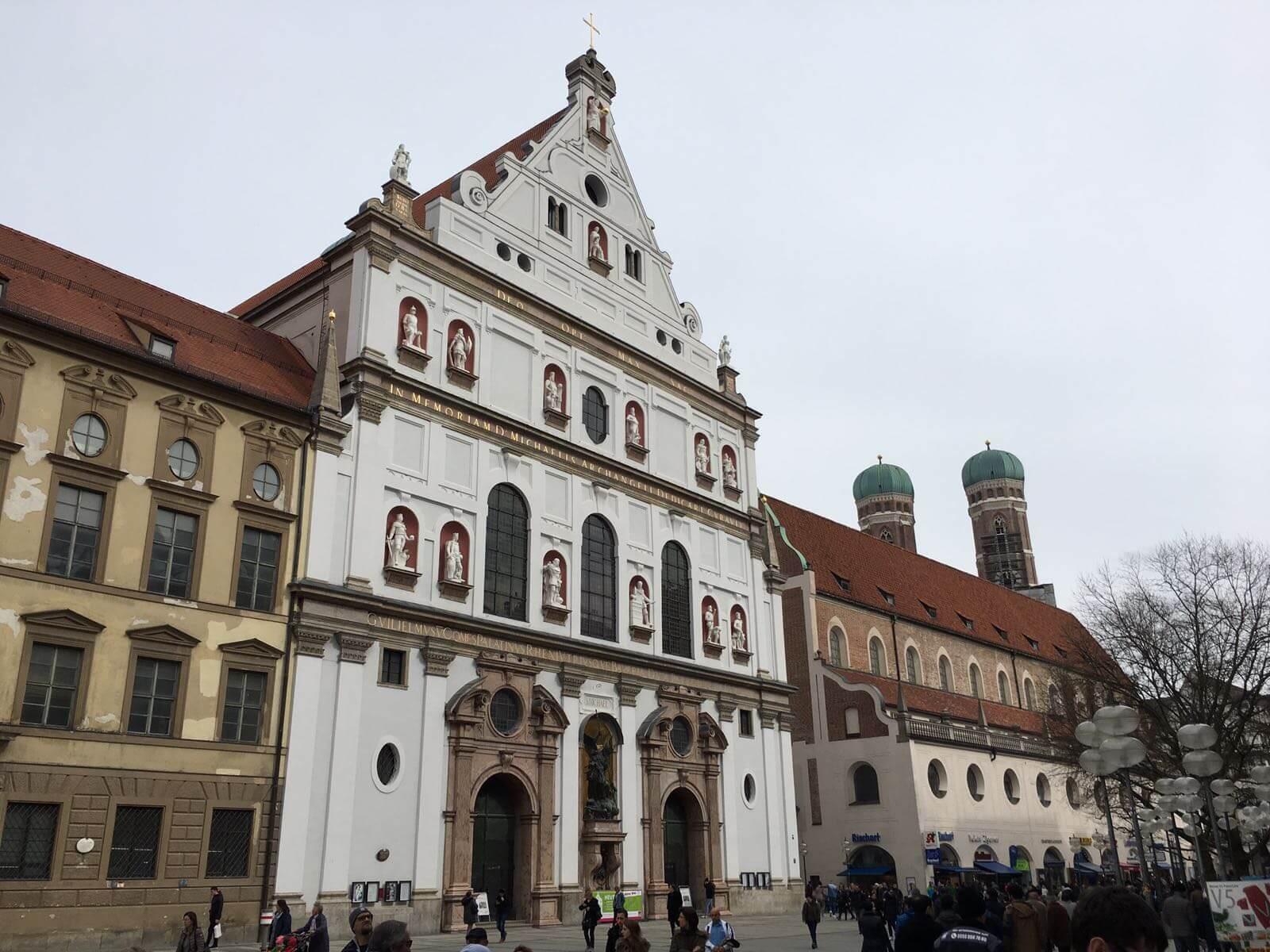 Münchens schönste Plätze, Sehenswerte Plätze in München, Ein Kurzurlaub in München ist immer interessant